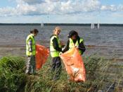 15 августа 2009 г. в 12-00 начнется экологическая акция по очистке побережья Кавголовского озера от мусора (© www.toksov.spb.ru)