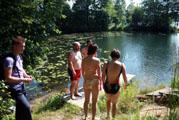 Общественными силами демонтирован незаконный забор, перекрывающий доступ к Чайному озеру, проведена инспекция (09.07.2011)
